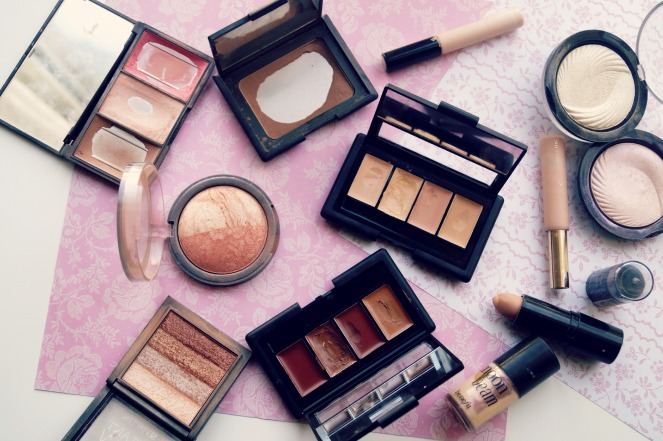 Highlight and contour products